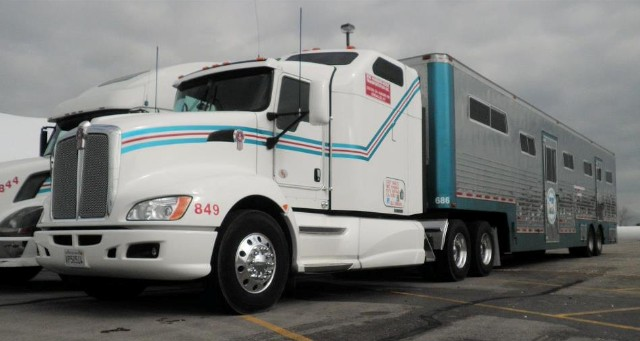 Bob Hubbard Horse Transportation | Contact Us For A Price Quote At